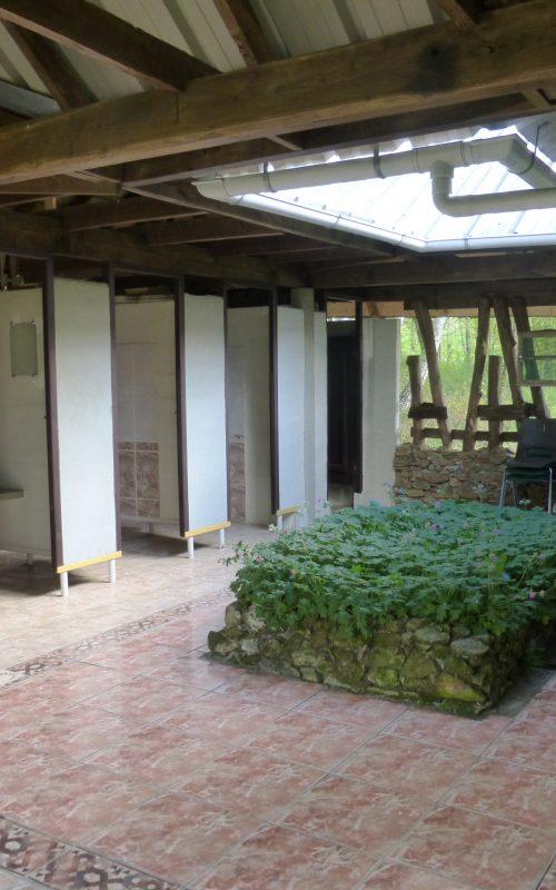 camping_06_bloc patio